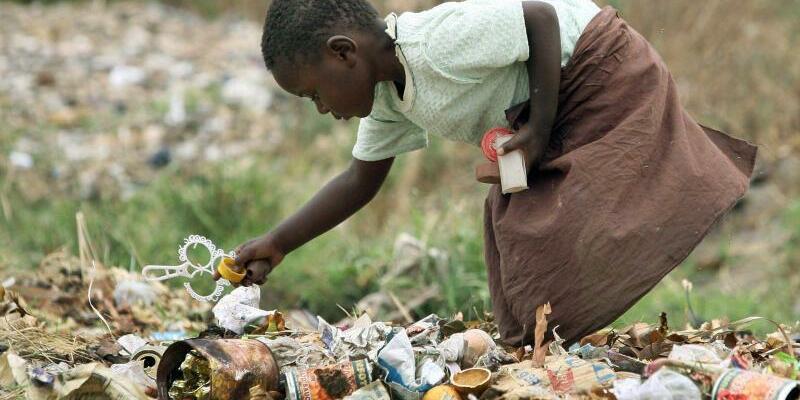 Armut in Simbabwe - Foto: Aaron Ufumeli, epa/dpa/Archiv