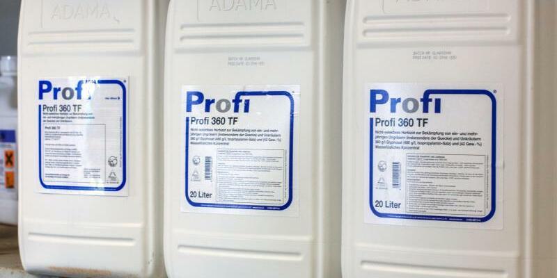 Pflanzenschutzmittel mit Glyphosat - Foto: Jens Büttner