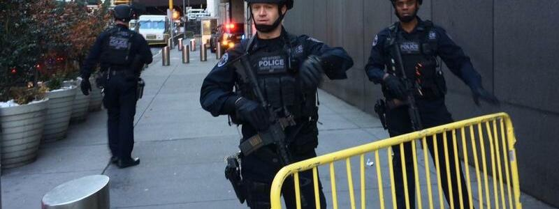 Polizisten in New York - Foto: Mark Lennihan