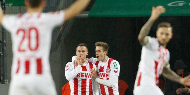 1. FC Köln - VfL Wolfsburg - Foto: Roland Weihrauch