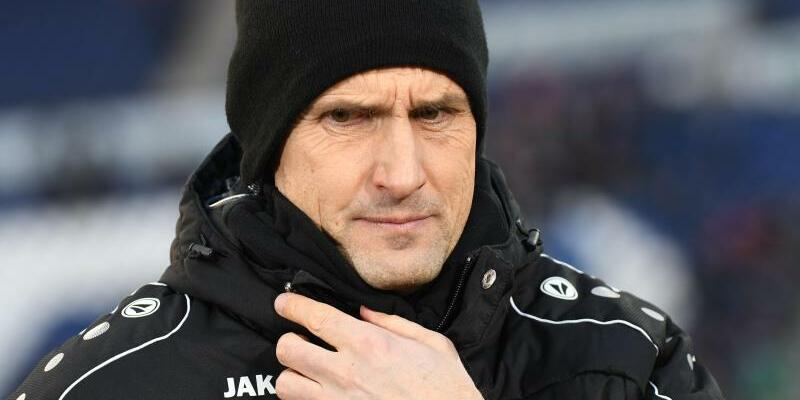 Bayer-Coach - Foto: Peter Steffen