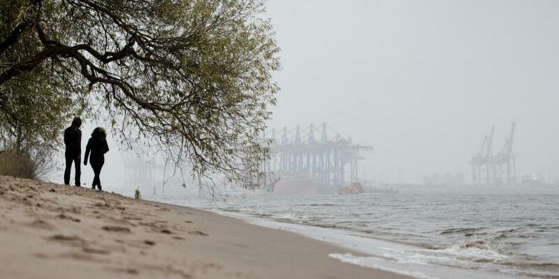 Elbe bei Övelgönne - Foto: Christian Charisius