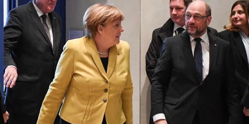 Treffen der Spitzen von Union und SPD - Foto: Bernd von Jutrczenka/Archiv