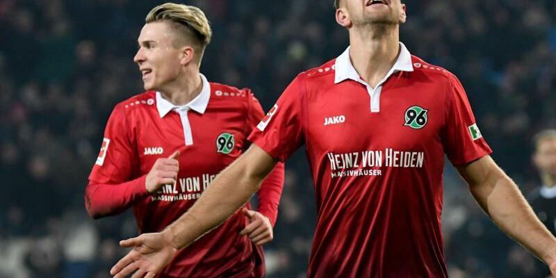 Hannover 96 - FSV Mainz 05 - Foto: Peter Steffen