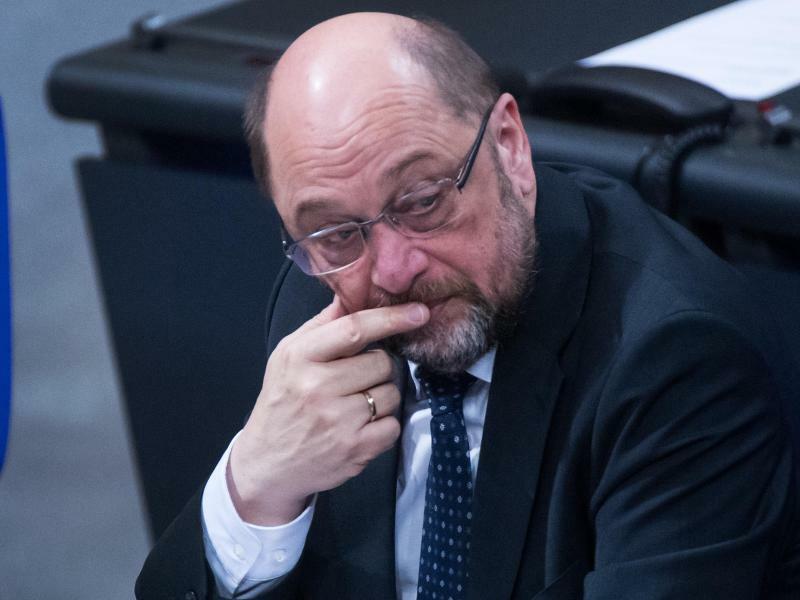 Schulz im Bundestag - Foto: Bernd von Jutrczenka