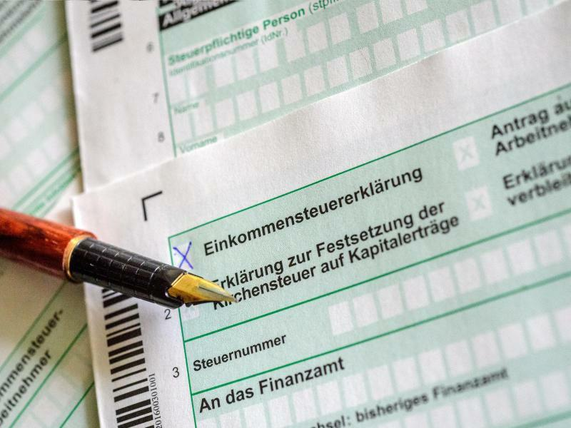 Steuererklärung - Foto: Hans-Jürgen Wiedl