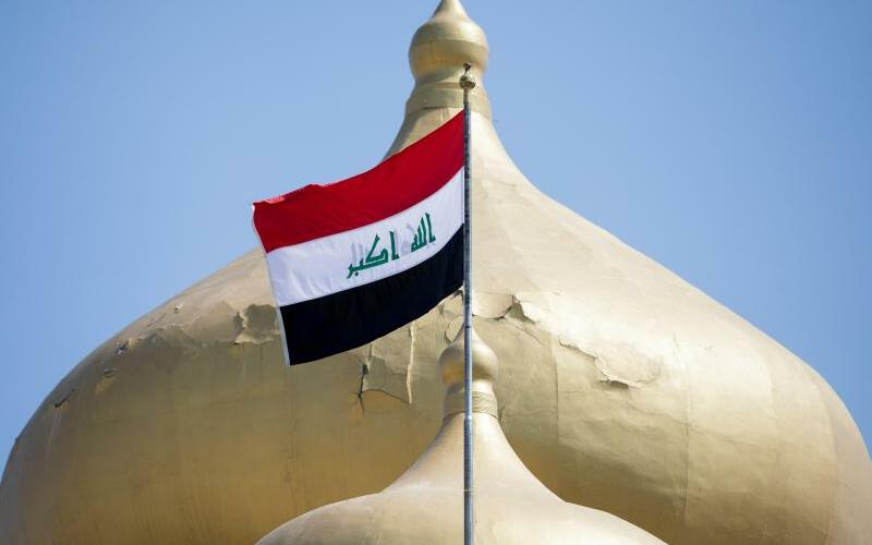 Irakische Fahne - Foto: Kay Nietfeld
