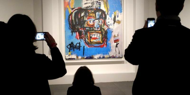 Jean-Michel Basquiat - Foto: Der japanische Unternehmer Yusaku Maezawa schickt das Gemälde «Untitled» von Jean-Michel Basquiat auf Reisen. Foto: