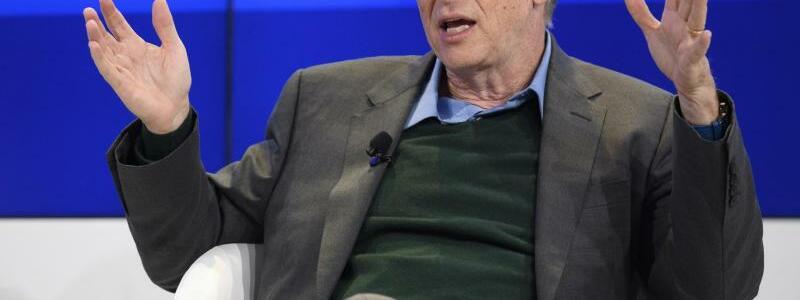 Bill Gates in Davos - Foto: Gian Ehrenzeller
