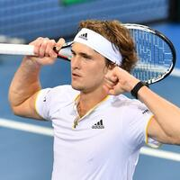 Mühe - Foto: Alexander Zverev hat sich den Fünf-Satz-Sieg gegen den Australier Alex De Minaur hart erkämpft. Foto:Darren England