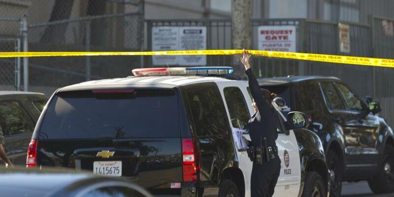 Schießerei an Schule in Los Angeles - Foto: Damian Dovarganes