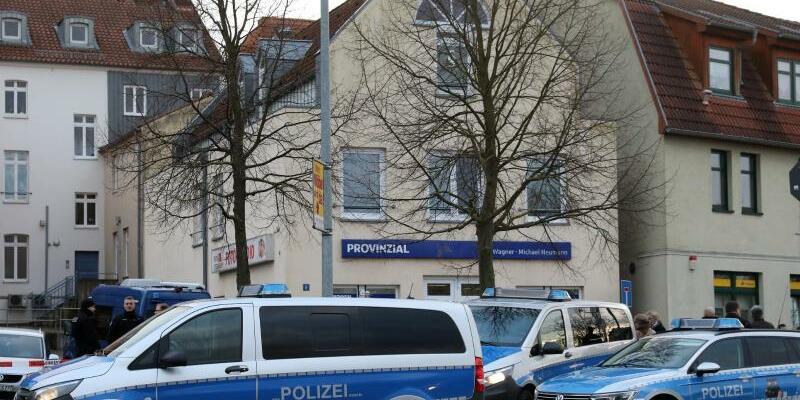 Ermittlungen in Waren - Foto: Bernd Wüstneck