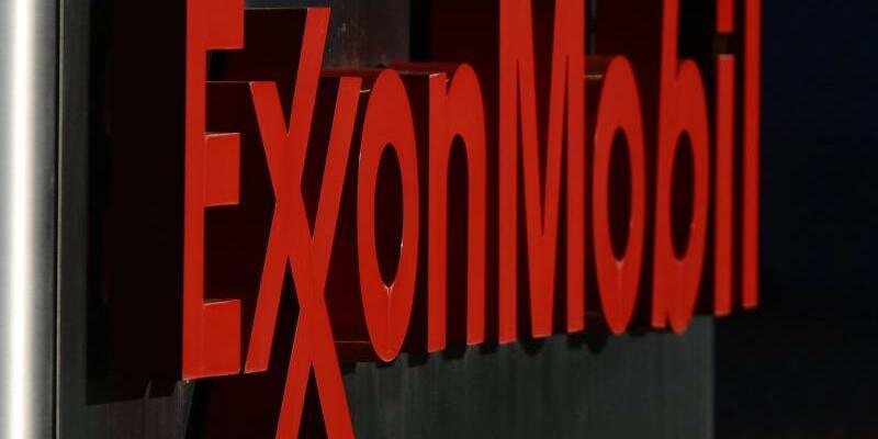 ExxonMobil-Schriftzug - Foto: Larry W. Smith