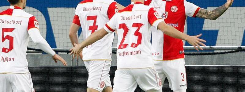Fortuna Düsseldorf - SV Sandhausen - Foto: Roland Weihrauch