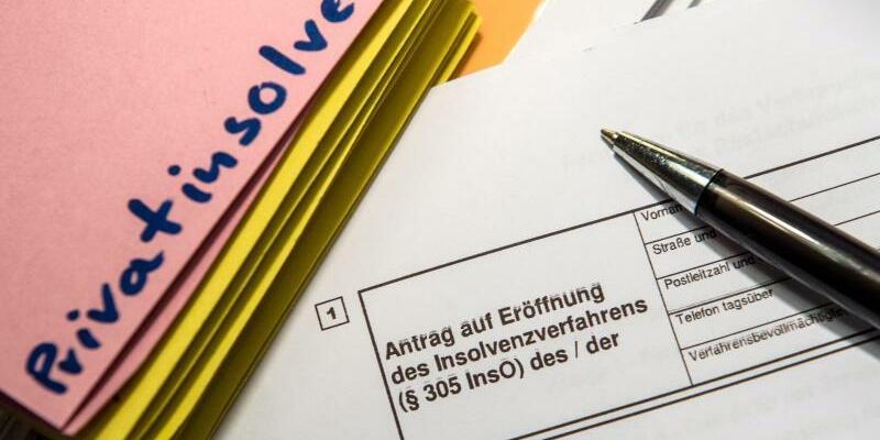 Überschuldung und Privatinsolvenz - Foto: Alexander Heinl