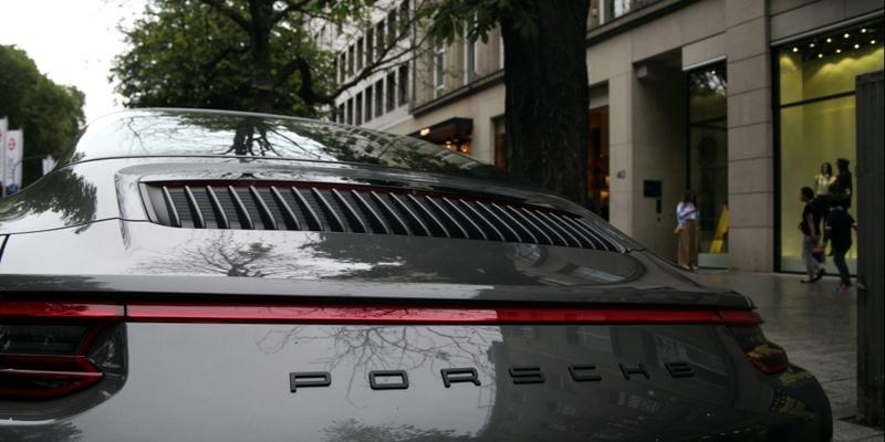 Porsche in der Düsseldorfer Kö - Foto: über dts Nachrichtenagentur
