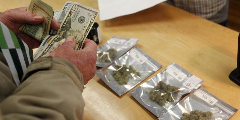 Marihuana-Verkauf in Kalifornien - Foto: Mathew Sumner