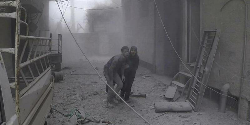Luftangriffe in Syrien - Foto: Handout Weißhelme