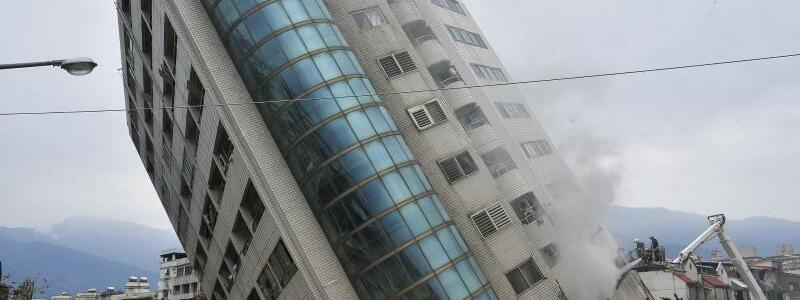 Schieflage - Foto: Central News Agency