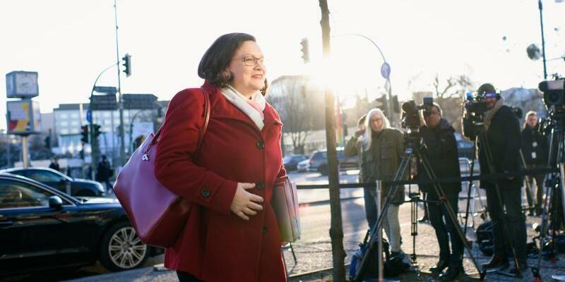 Andrea Nahles - Foto: Nahles hatte mit klarer Kante und schlüssigen Argumenten für den Gang in die ungeliebte GroKo beim Parteitag in Bonn jüngst an der Basis an Zustimmung gewonnen. foto: Gregor Fischer