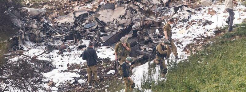 Israelischer Jet abgestürzt - Foto: JINIPIX/XinHua