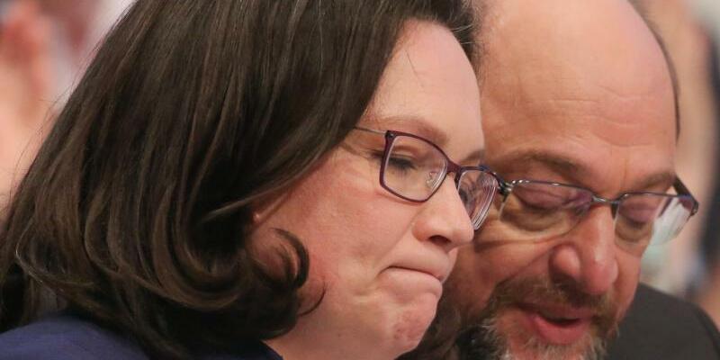 Schulz und Nahles - Foto: Optimismus sieht anders aus:SPD-Chef MartinSchulz und seine designierte Nachfolgerin Andrea Nahles in der schwersten Krise ihrer Partei.Foto:Oliver Berg