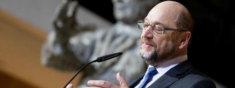 Schulz gibt Rücktritt bekannt - Foto: Kay Nietfeld