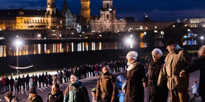 73. Jahrestag der Zerstörung Dresdens - Foto: Monika Skolimowska