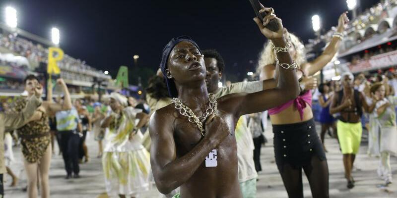Karneval in Rio - Foto: Silvia Izquierdo/AP