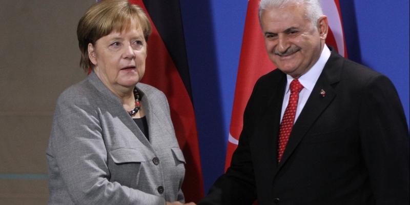 Binali Yildirim und Angela Merkel am 15.02.2018 - Foto: über dts Nachrichtenagentur