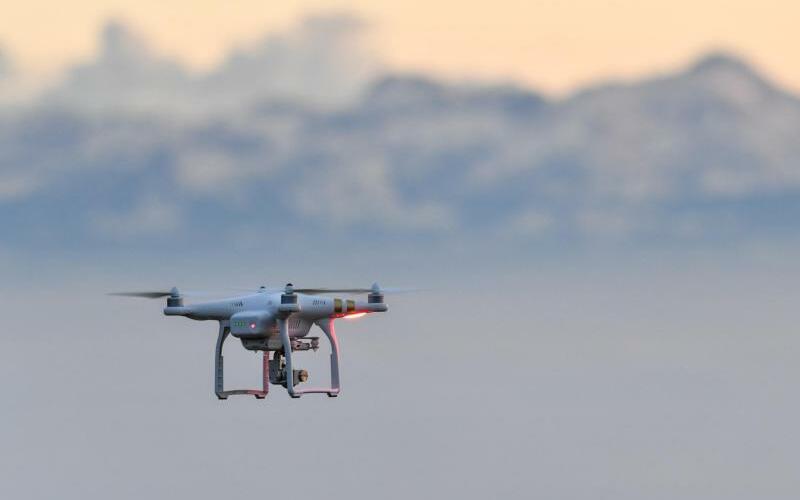 Drohne - Foto: Felix Kästle/Symbolbild