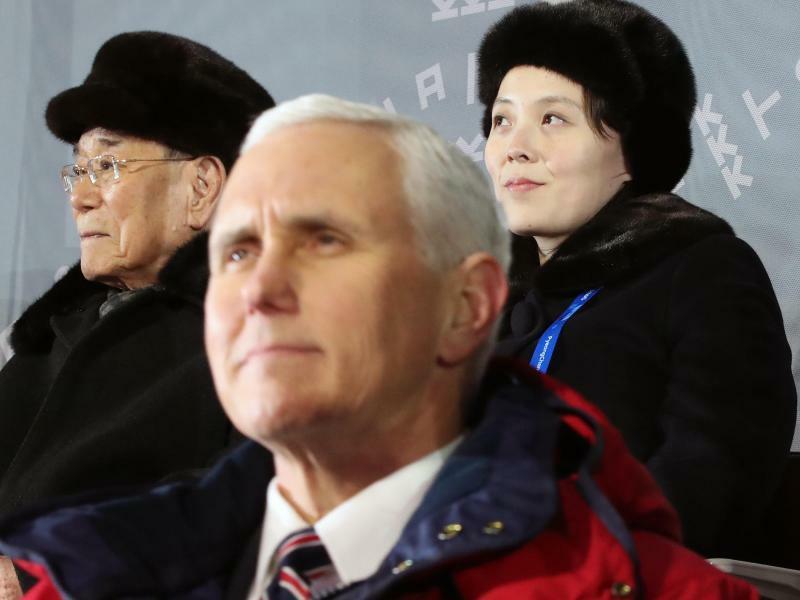 Pence in Nordkorea - Foto: YNA