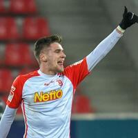 Anschluss - Foto: Jonas Nietfeld von Jahn Regensburg jubelt nach seinem Treffer zum 2:3 gegen Fortuna Düsseldorf. Foto:Armin Weigel