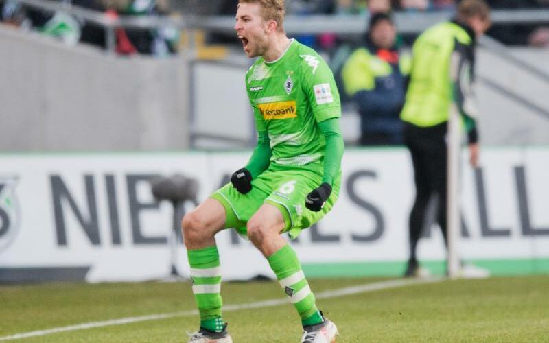 Hannover 96 - Borussia Mönchengladbach - Foto: Julian Stratenschulte