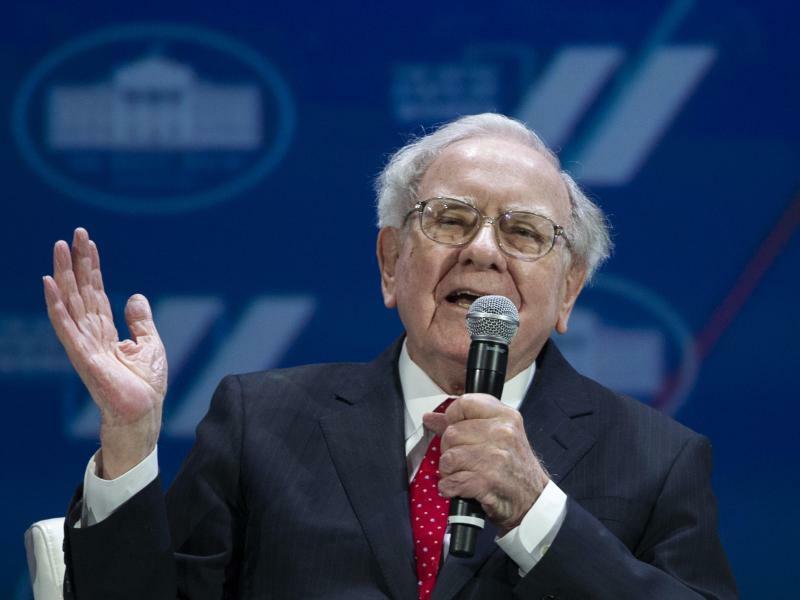 Warren Buffett - Foto: Cliff Owen/AP