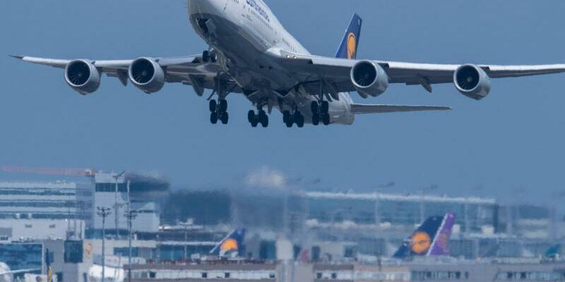 Flughafen Frankfurt - Foto: Boris Roessler