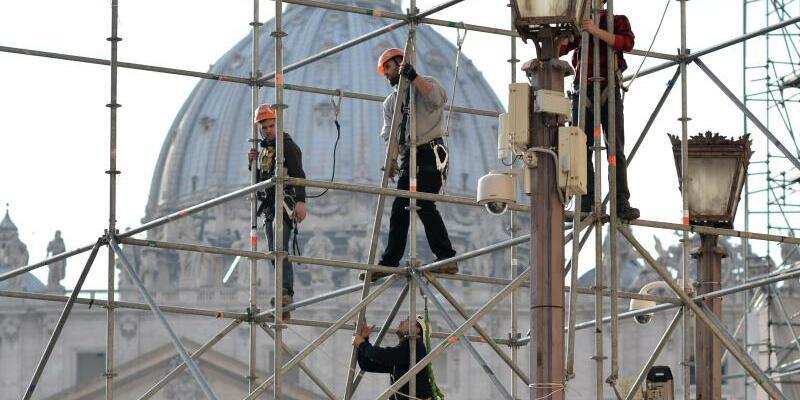 Baustelle in Rom am Vatikan - Foto: Bernd von Jutrczenka