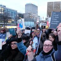 Protestaktion gegen rechte Verlage - Foto: Sebastian Willnow