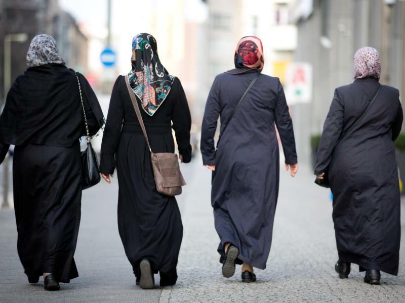 Muslimische Frauen - Foto: Kay Nietfeld