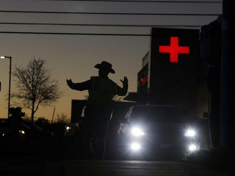 Paket explodiert in Texas - Foto: Eric Gay/AP