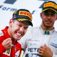 Sebastian Vettel und Lewis Hamilton - Foto: Diego Azubel