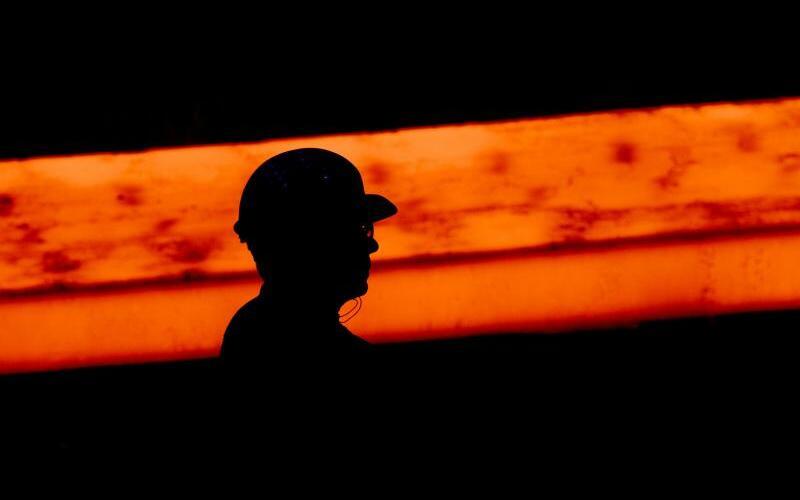 Stahlarbeiter - Foto: Julian Stratenschulte