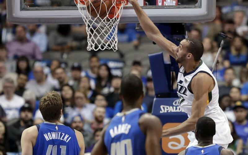 Dallas Mavericks - Utah Jazz - Foto: Tony Gutierrez/AP