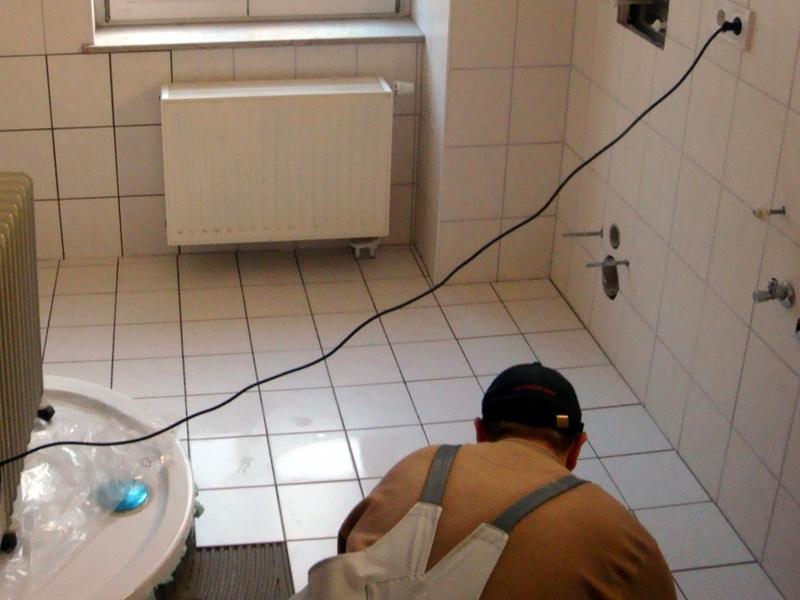Fliesenleger - Foto: über dts Nachrichtenagentur