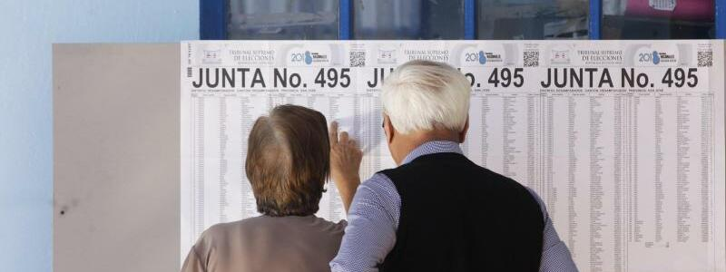 Wahlliste - Foto: Arnulfo Franco, AP