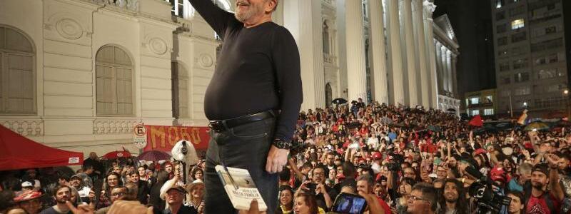 Wahlkampf - Foto: Eraldo Peres/AP
