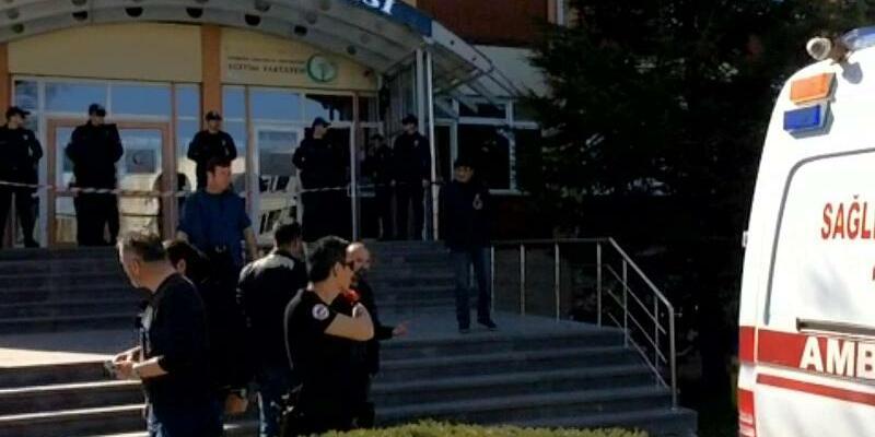 Mann tötet vier Menschen an türkischer Universität - Foto: Uncredited