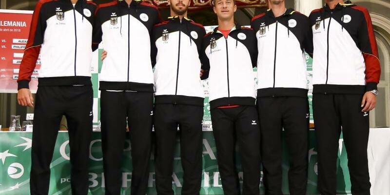 Team Deutschland - Foto: Die deutschen Tennis-Herren wollen gegen Spanien das Halbfinale des Davis Cups erreichen. Foto:Jose M. Fernandez de Velasco/gtres