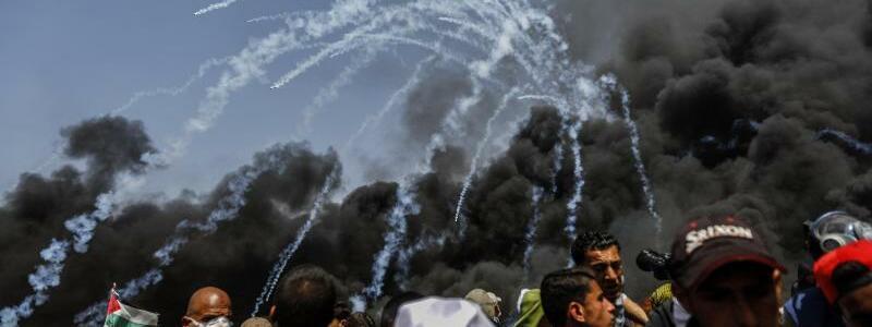 Tränengas - Foto: Mohammed Talatene