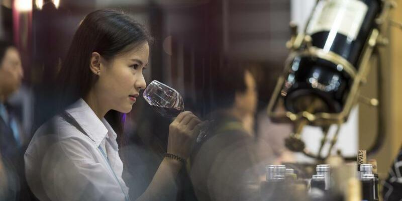 Weinmesse - Foto: Jerome Favre/EPA
